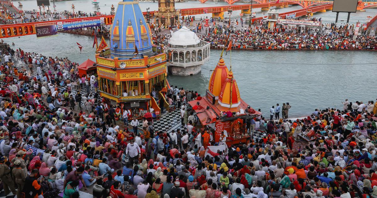 Kumbh Mela Haridwar continue , however 2,167 Covid Cases But No Plans to Cut Short .